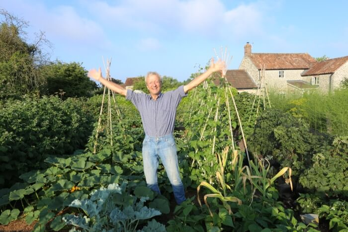 Charles Dowding no dig garden