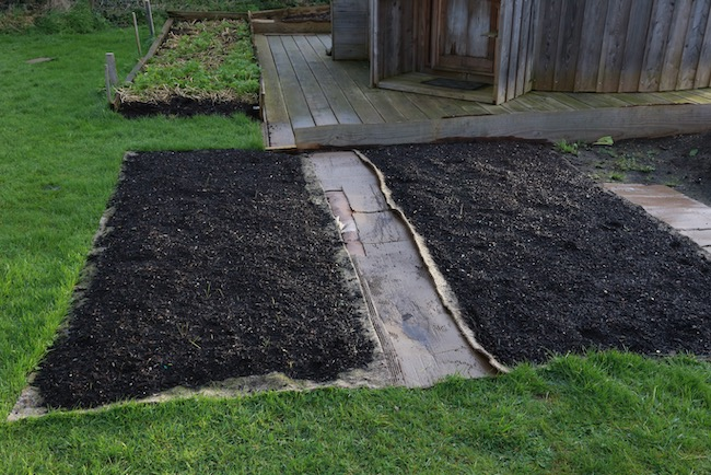 New beds with wool mulch and compost, in December