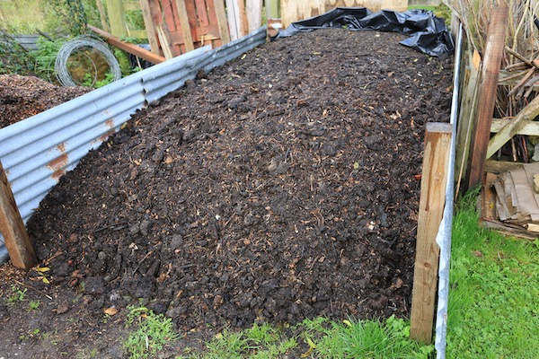 Homemade compost 10-12 months old, Homeacres